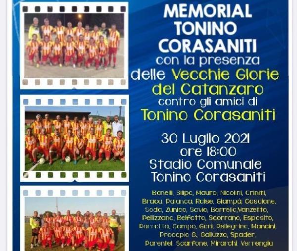 images Davoli, le vecchie glorie del Catanzaro fanno gol per Tonino Corasaniti