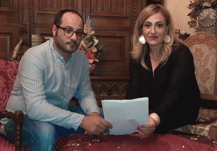 """images Politica. Elisa Sestito è la nuova coordinatrice provinciale di Catanzaro del movimento politico """"SudInTesta"""""""