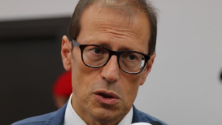 images Al processo contro il magistrato Facciolla citati i pm della Dda di Catanzaro. Su Gratteri il Tribunale di Salerno dice no
