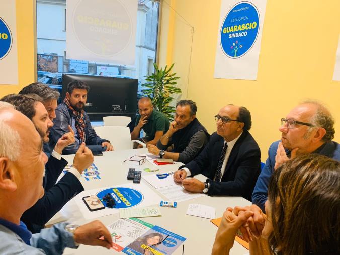 images Comunali a Lamezia Terme, Guarascio incontra il direttivo di Lamezia Shopping e punta a valorizzare il commercio