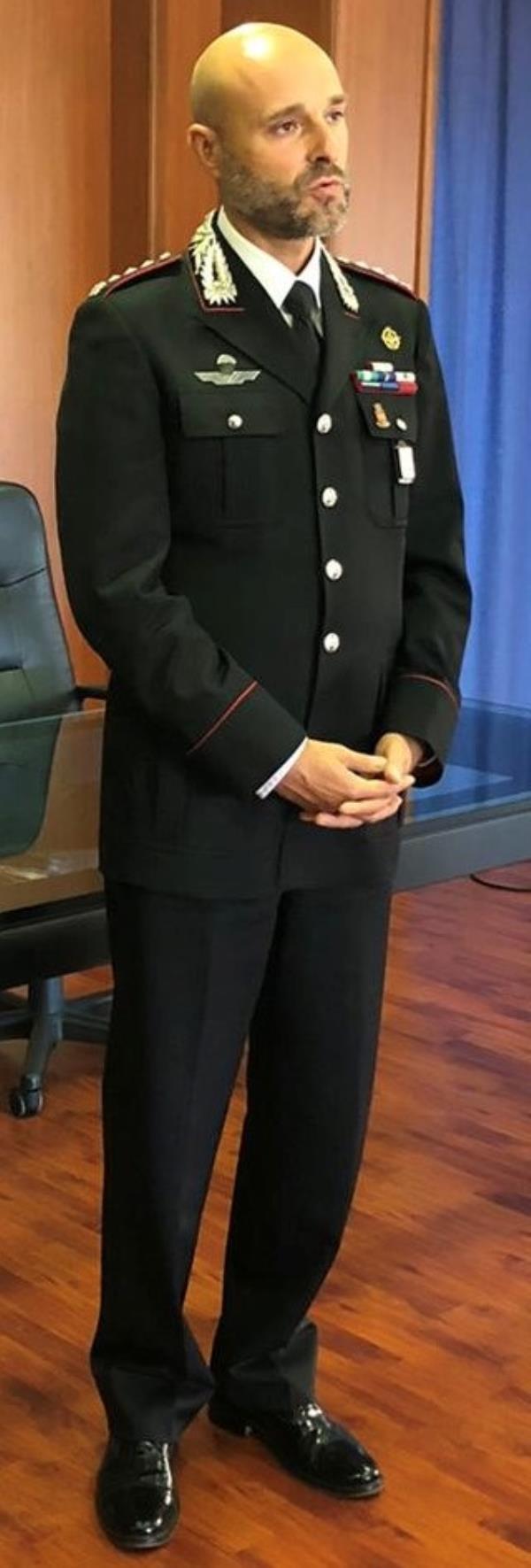 images A Cosenza il Colonnello Sutera lascia il comando provinciale. Il saluto commosso in una lettera