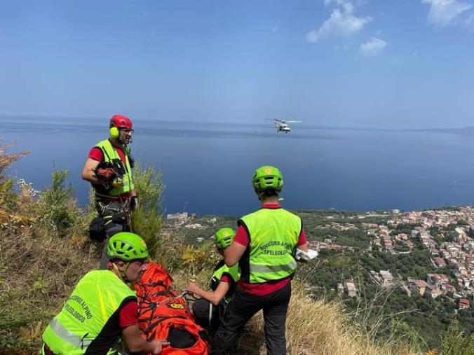 images Reggio Calabria, escursionista recuperata dal soccorso Alpino