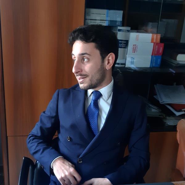 """images Coronavirus. Appello del giovane Francesco Pacilè: """"Finita questa """"guerra"""" bisognerà ricostruire un mondo e una Calabria dove nessuno venga lasciato più da solo"""""""