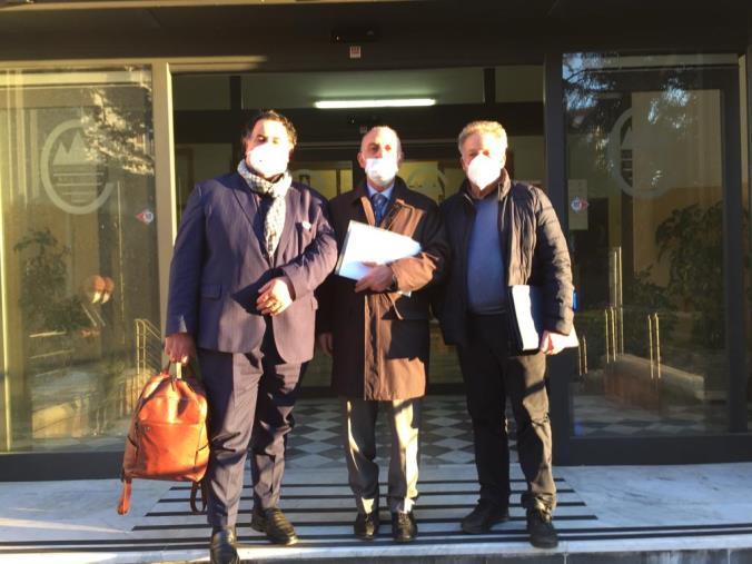 images Piano vaccinale per gli over 80: Spi-Cgil, Fnp Cisl e Uilp Uil incontrano il commissario dell'Asp di Catanzaro