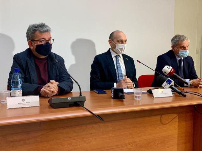 """images Porto di Gioia Tauro. Spirlì: """"Serve l'aiuto dell'Europa"""""""