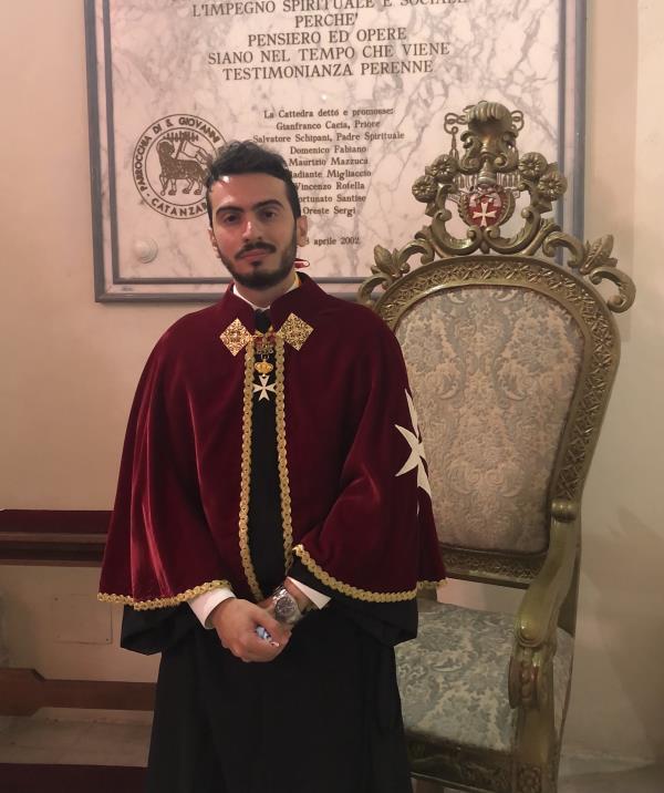 images Catanzaro. Insigniti 11 nuovi confratelli-cavalieri di Malta ad honorem. Il pensiero di Gabriele Vallone a Enzo Rotella