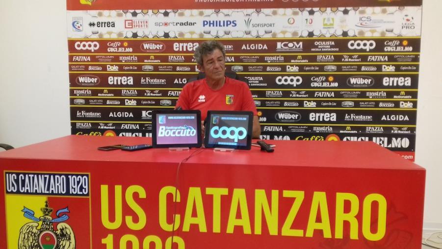 """images Us Catanzaro 1929, Auteri: """"La squadra sta bene, ma ora dobbiamo giocare per vincere""""."""