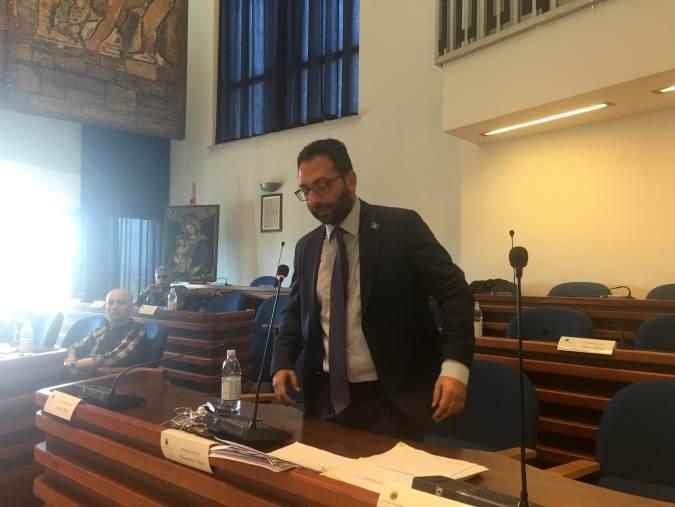 """images Catanzaro, Bosco (Cambiavento): """"Che fine fanno i rifiuti differenziati?"""""""