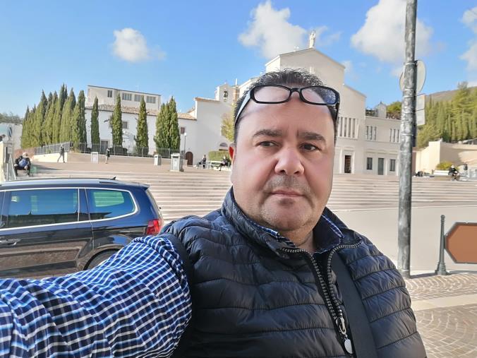 """images Lamezia Terme. Dopo la morte del padre, Giovanni Giampà e famiglia """"abbandonati"""" a casa per 17 giorni in attesa del primo tampone"""
