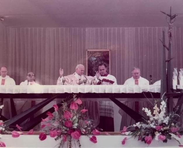 images Al via le iniziative per celebrare il 35° anniversario della visita di Giovanni Paolo II a Catanzaro
