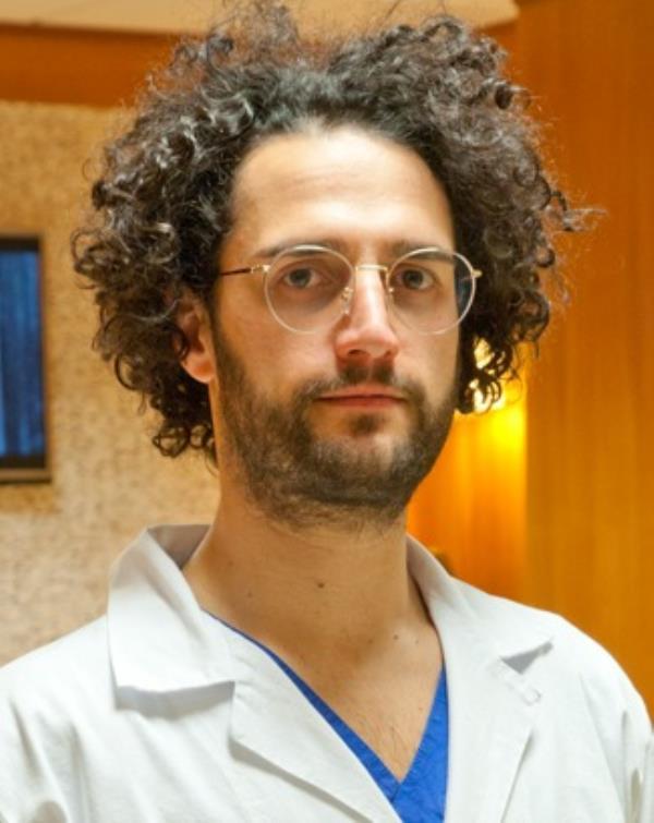 images Incidente sulla 106, il dottore catanzarese Bisurgi sottoposto a intervento chirurgico