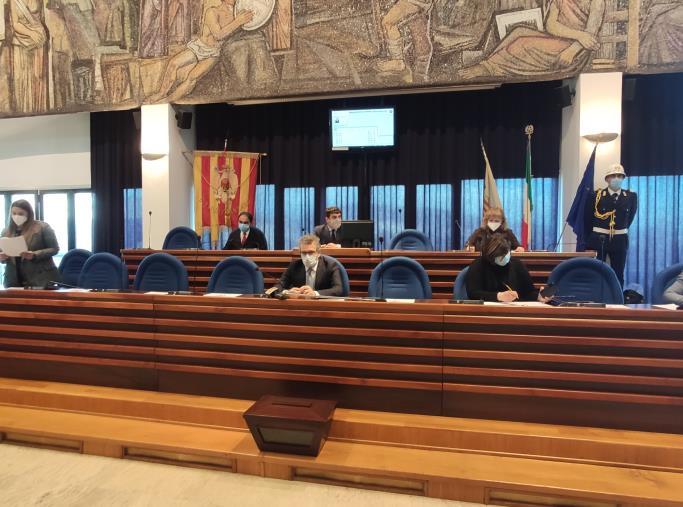"""images Il Consiglio comunale di Catanzaro: """"Chiusura imposta dall'Asp. Serve un intervento immediato"""""""