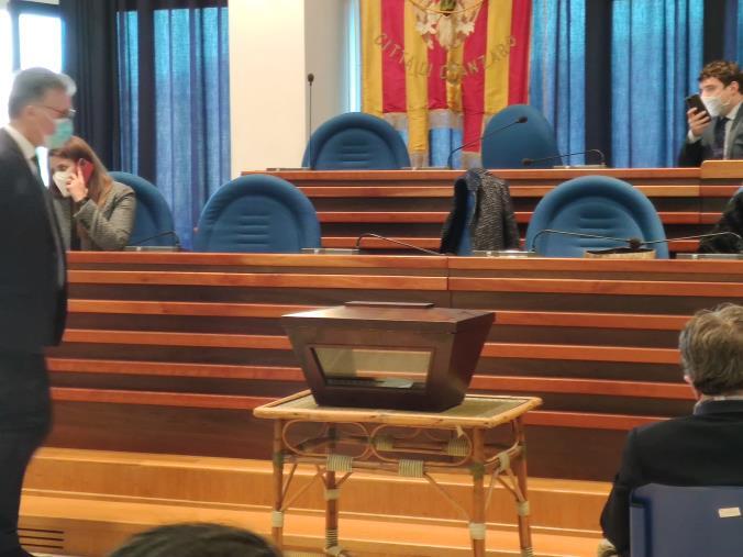 images Consiglio comunale di Catanzaro. Giovedì in Aula: di nuovo il voto segreto sul presidente del collegio dei revisori