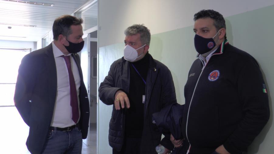 "images Spirlì a Villa Bianca: ""Qui per chiedere spiegazioni sui ritardi"". Giuliano: ""40 posti a breve"""
