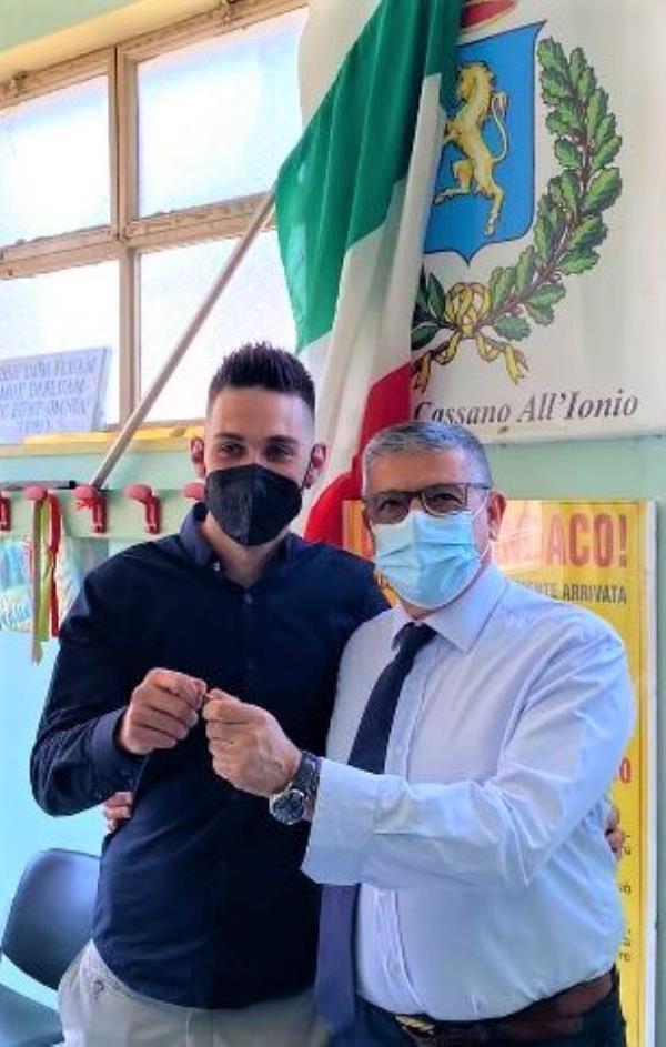images Angelo Cirolla, figlio di Fazio, vittima innocente di mafia, è il nuovo centralinista del Comune di Cassano All'Ionio