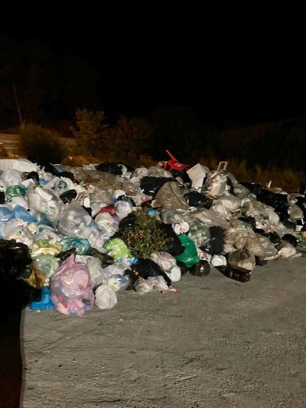 "images Praialonga, il Codacons: ""Alla penuria d'acqua si unisce l'emergenza rifiuti"""