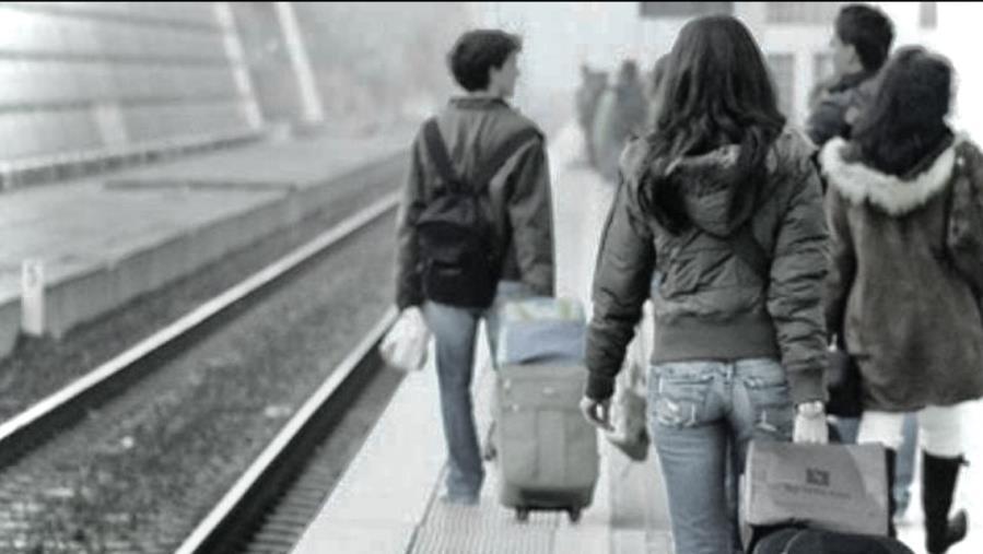 """images Saccomanno (Lega):""""Lavoro e sostegno ai giovani per contrastare l'emigrazione"""""""