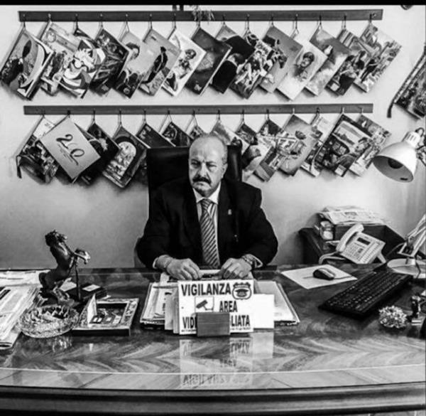 """images Tentato furto alla scuola elementare """"Zanotti Bianco"""" di Cassano allo Ionio: l'allarme dell'Assipol fa scappare i ladri a mani vuote"""