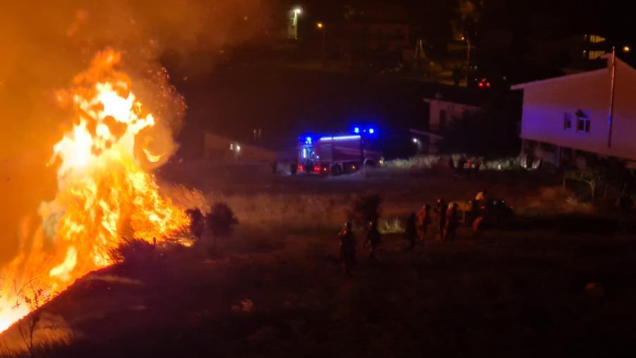 images Emergenza incendi, il punto della situazione in Calabria: 46 gli interventi in corso (VIDEO)