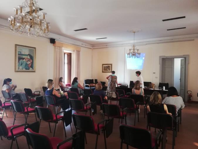 """Chiaravalle Centrale. Avviati gli incontri del """"Progetto donna"""" nell'ambito di """"Rimani d'Estate"""""""