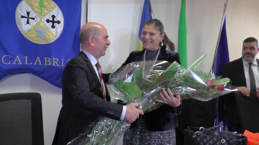 """images Regione. La presidente Santelli: """"Sono molto emozionata. Per me, e spero per la Calabria, è un giorno importante"""" (VIDEO)"""