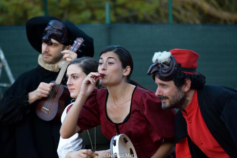 """images """"Badolato Summer Theatre '21 – Artisti (sopravvissuti) in tempi di Covid (II): stasera e domani sul lungomare con """"La rivalsa delle streghe"""""""