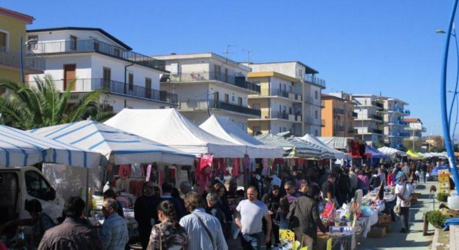 images Sabato 2 e domenica 3 maggio torna la tradizionale Fiera di Maggio nel borgo storico marinaro di Schiavonea