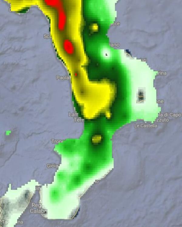 images Meteo. L'Arpacal: ancora piogge soprattutto sul versante tirrenico centro-settentrionale