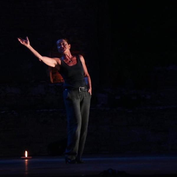 images A Catanzaro la forza narrativa di Monica Guerritore. Giovedì 20 febbraio al Teatro Comunale spettacolo di Ama Calabria