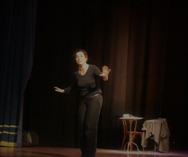 """images Monica Guerritore porta il Teatro Comunale di Catanzaro in un viaggio """"Dall'Inferno all'Infinito"""""""