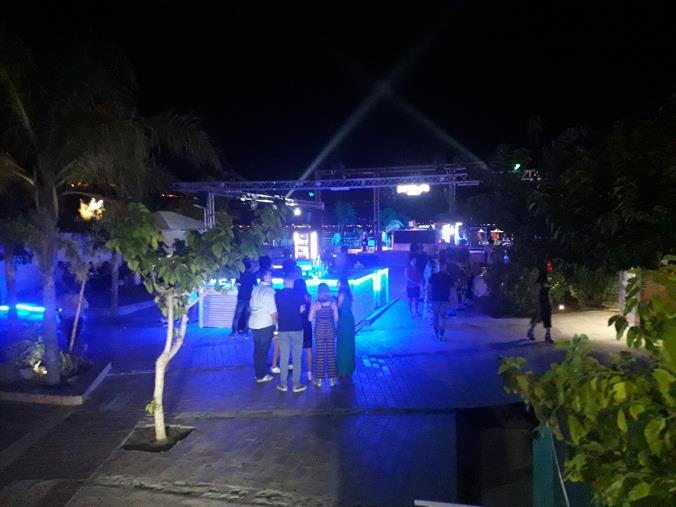 images Anche al NOA di Soverato si balla Club80 (VIDEO)