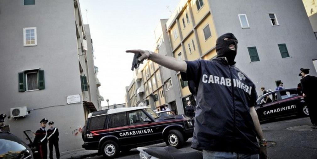 images 'Ndrangheta. Scopre l'estorsione a un imprenditore, ma non denuncia. Carabiniere sospeso ricorre al Tar. La decisione è il 26