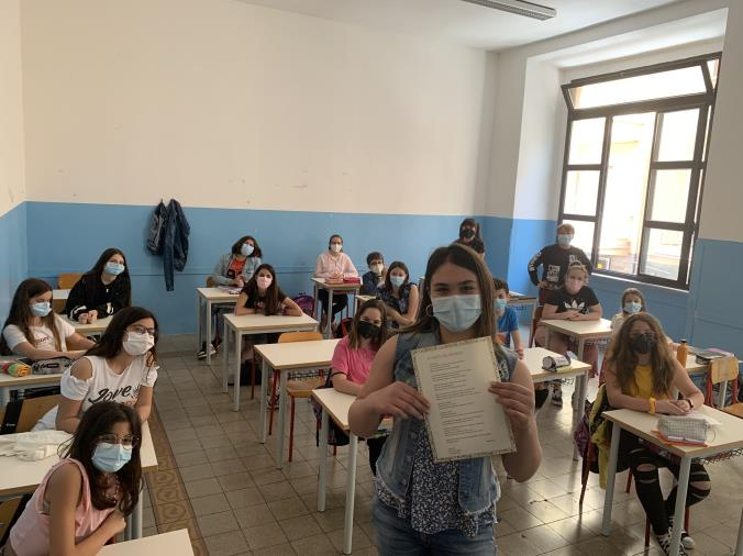 """images Premio letterario """"Veronica Tanferna"""" 2021: primo posto conquistato dalla scuola media Pascoli di Catanzaro"""