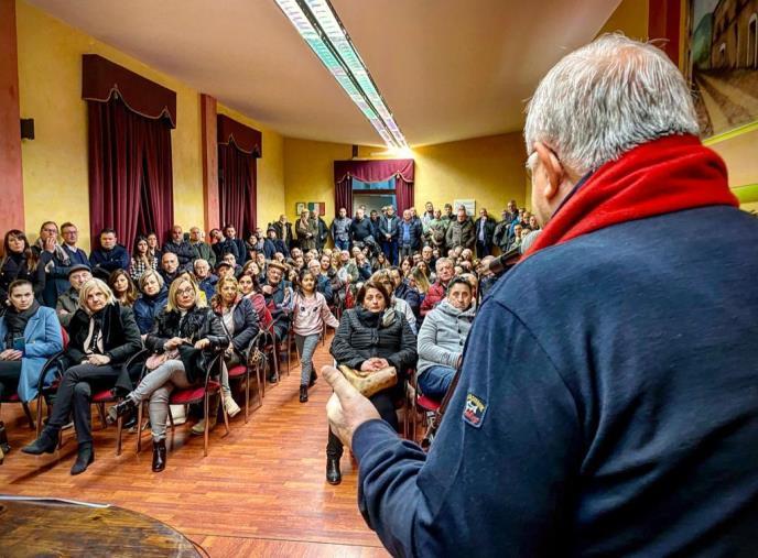 """images Regionali. Callipo a Rogliano: """"Non possiamo affidare la sanità agli stessi politici che l'hanno affossata"""""""
