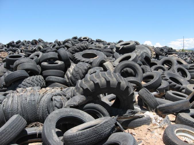 images Gioia Tauro, Legambiente ed EcoTyre insieme per rimuovere i Pneumatici fuori uso abbandonati