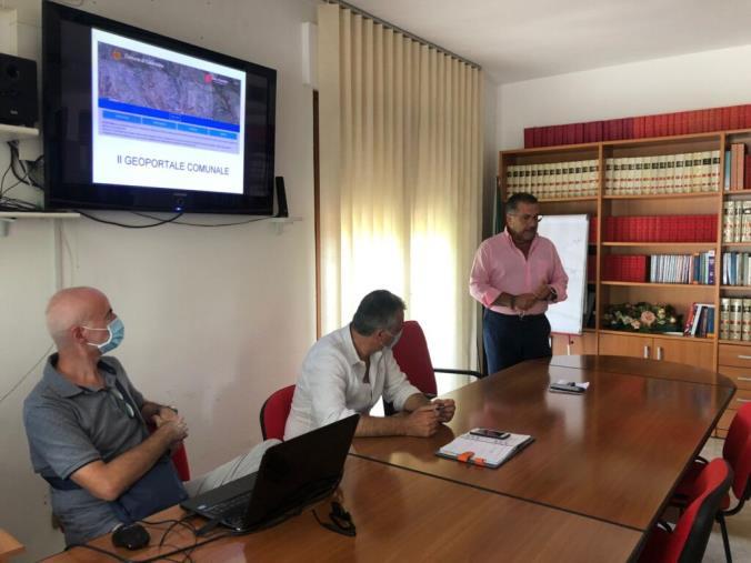 images Catanzaro. Nasce GeoPortale: una finestra virtuale sui dati comunali e una porta di accesso al  patrimonio di informazioni territoriali