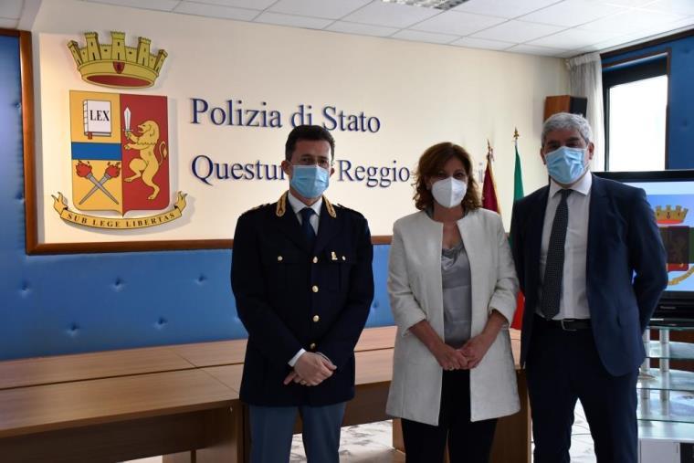 images Cyber Security, firmato un Protocollo d'intesa tra la Polizia di Stato ed il G.O.M. di Reggio Calabria