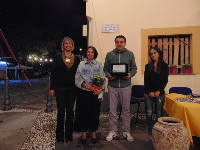 """images Il premio internazionale di poesia Sellion e """"Un libro nel borgo"""" chiudono la prima edizione del """"Sellia Young Festival"""""""