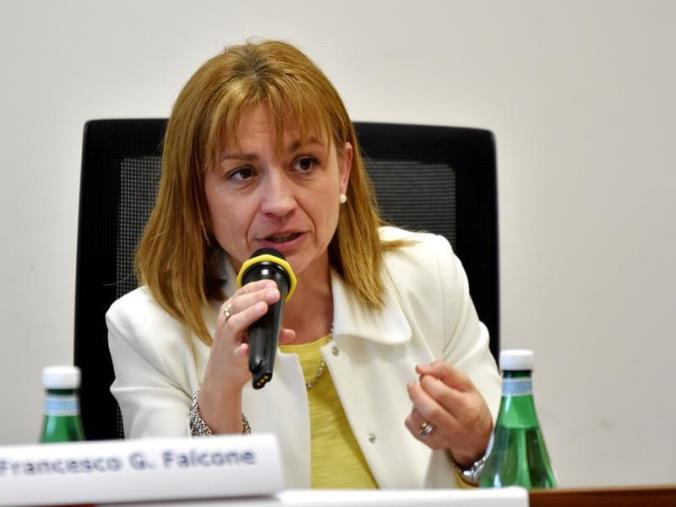"""images REGIONALI. Angela Robbe (Pd): """"La stabilizzazione degli ex Lpu e Lsu frutto del nostro lavoro"""""""