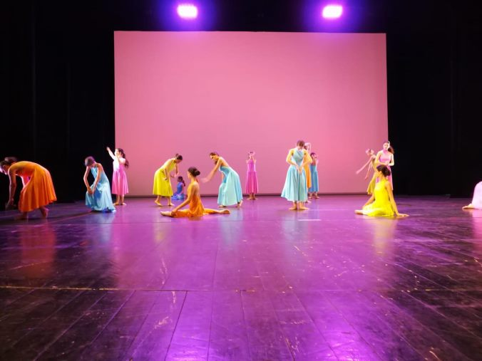 """images Studio danza chiude l'anno con """"...l'universo nelle mani"""" al Politeama"""