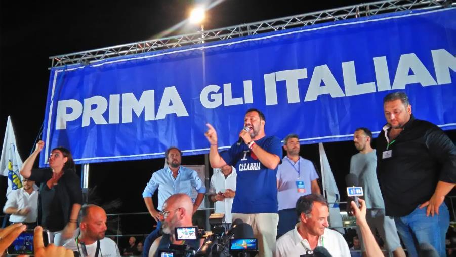 """images Salvini a Soverato: """"Presto i nomi, prima il programma"""""""