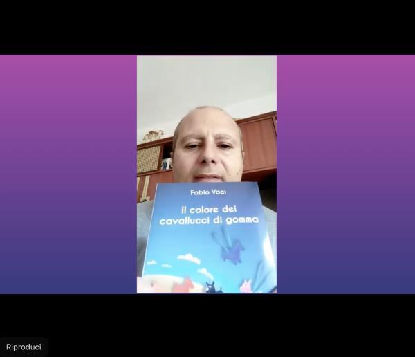 """images Fabio Voci e il suo """"Il Colore dei cavallucci di gomma"""". Primo appuntamento con la rubrica Maggio dei libri"""