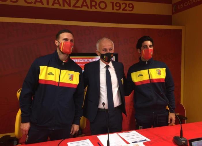 """Us Catanzaro 1929, presentati Scognamillo e Porcino. Il ds Cerri: """"Ora vorremmo completare il reparto offensivo"""""""