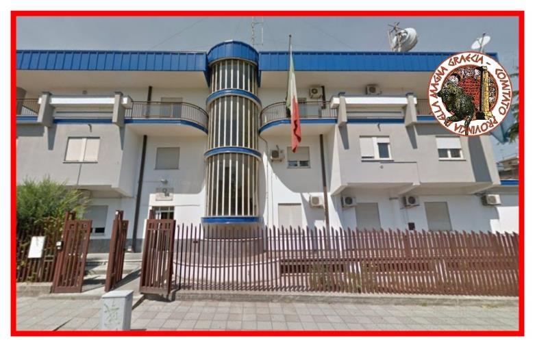 """images Corigliano-Rossano. Elevazione a distretto del Commissariato, Comitato Magna Grecia: """"Trattamento a pesci in faccia per lo Jonio"""""""