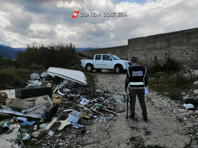 images Corigliano Rossano e Cariati. La Guardia Costiera sequestra tre discariche abusive per circa 14mila mq di rifiuti abbandonati