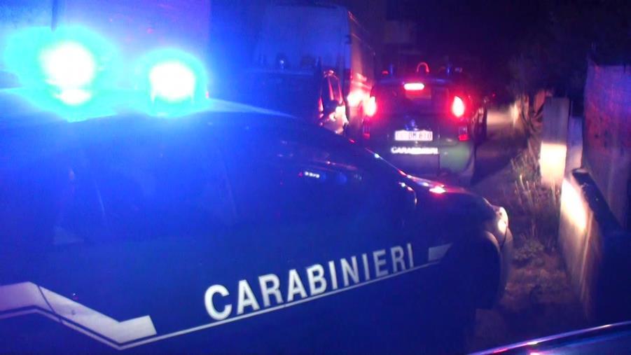 images Sorpresi di notte a scaricare rifiuti edili sul greto del torrente Valanidi: due denunce a Reggio Calabria