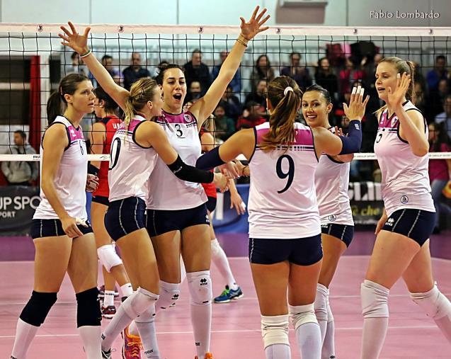images Volley A2 femminile: vola il Soverato, 3-2 col Pinerolo al Palascoppa