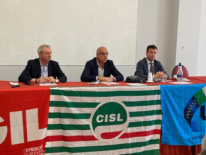 """images Cgil Cisl e Uil: """"La Calabria rischia di non programmare i fondi europei per la mancanza di un Governo regionale titolato a farlo"""""""