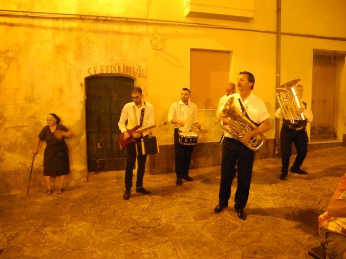 """images """"L'Albero di canto"""" e la notte magica nel borgo"""