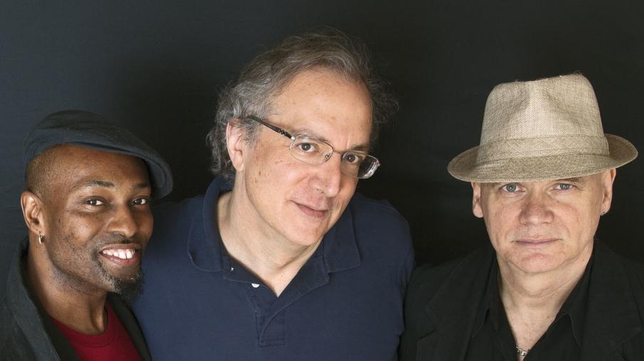 """images Peperoncino jazz, cresce l'attesa per il concerto del trio di """"Uri Caine"""" a Reggio"""